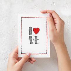 """""""Love"""" Sevgililer Günü Kartı"""