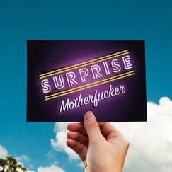 Surprise Tasarımlı Kartpostal