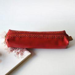 Kırmızı Dantelli Kırmızı Kalemlik
