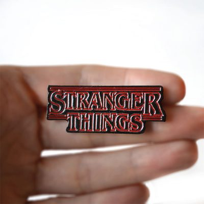 """Stranger Things"" Broş"